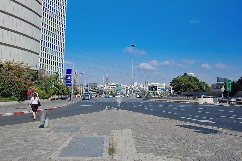 Central Tel Aviv Near HaShalom